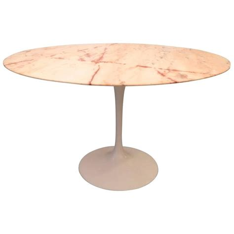 Marble Tulip Dining Table Eero Saarinen Tulip Pink Marble Dining Table For Sale At 1stdibs