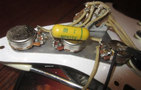 what capacitor for stratocaster 1958 fender stratocaster guitar 58 fender strat guitar collector info vintage pre cbs