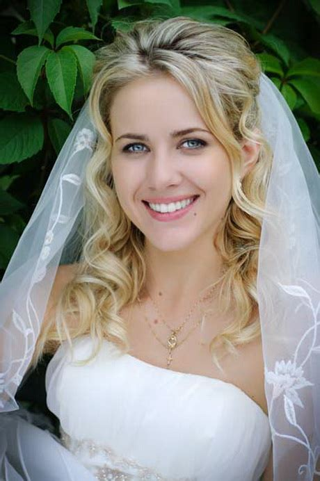 bridal hairstyles down with veil bridal hairstyles with veil