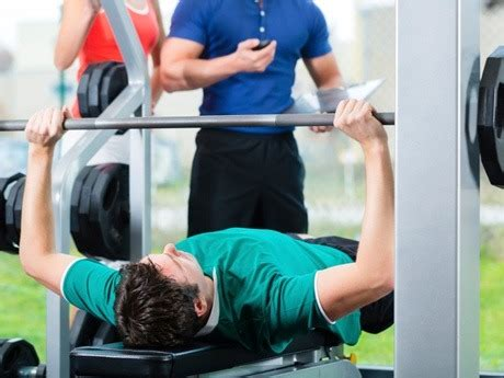 weighted push ups vs bench press are weighted push up as effective as bench press for