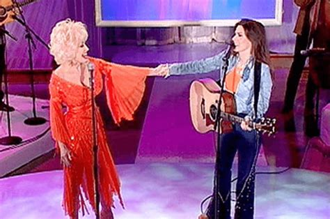 see dolly parton and shania s duet of coat of