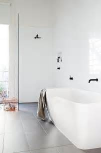 Black White Bathrooms Ideas by 34 Classic Black And White Bathroom Design Ideas