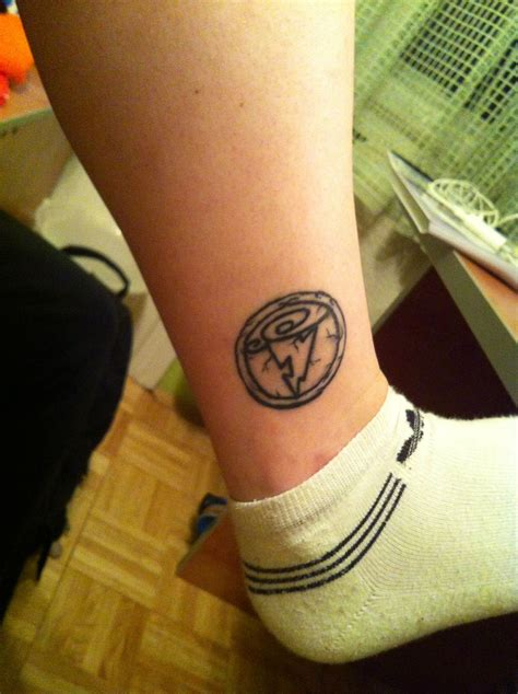 hercules tattoo hercules symbol leg tattoomagz
