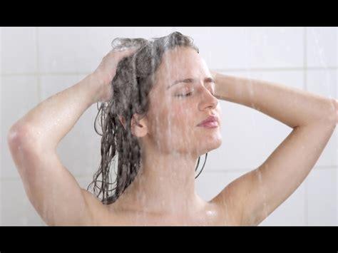 fare sotto la doccia cosa non fare sotto la doccia 5 errori da evitare