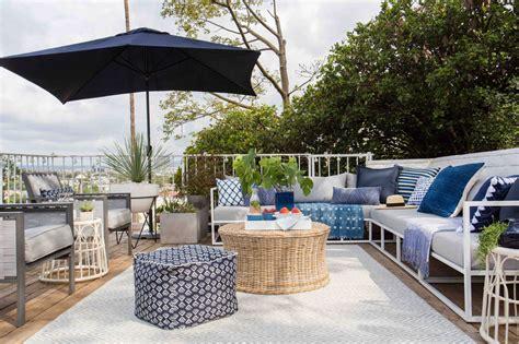 terrazze arredate foto foto terraza de casa decorada en azul y blanco de marta