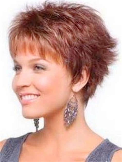 coupe de cheveux tres court femme 50 ans salon of