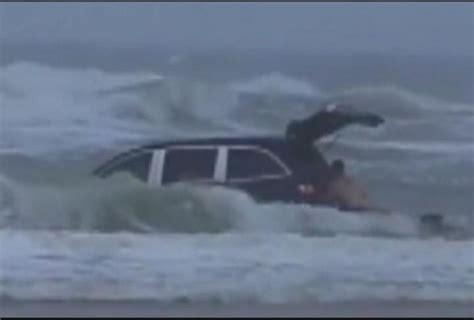 Bilder Flöhe by Drove Into Florida Surf As Screamed For Help