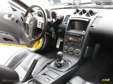 2005 Nissan 350z Interior by Charcoal Interior 2005 Nissan 350z Touring Coupe Photo