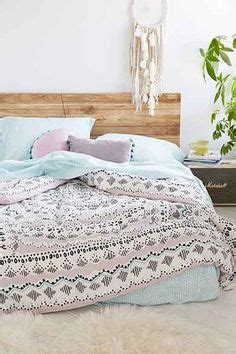 teenage bedding and curtain sets 1000 ideas about teen girl comforters on pinterest