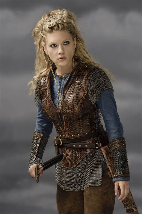 lagatha lothbrok vikings lagertha season 3 official picture vikings tv