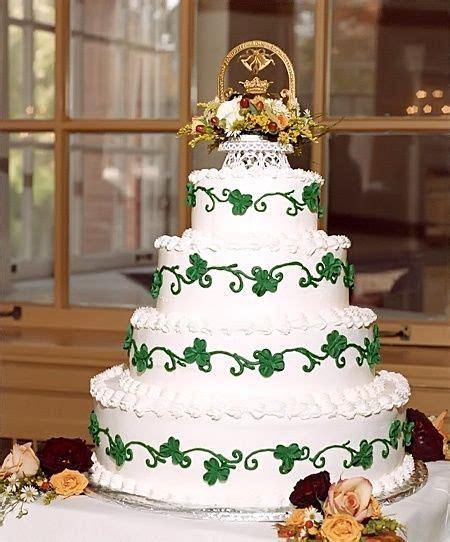 Best 25  Irish wedding cakes ideas on Pinterest   Nature