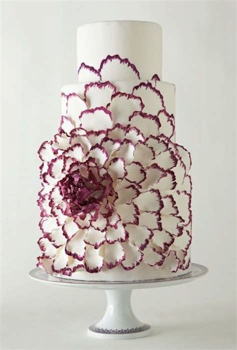 Contemporary Wedding Cakes by Contemporary Wedding Cakes Almost Cool To Cut Into