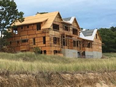 building a home in michigan nfl quarterback kirk cousins is building a big house on