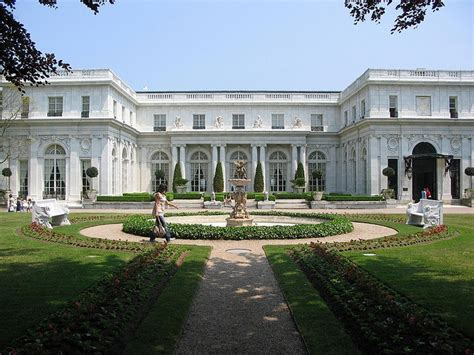 the gatsby mansion the great gatsby was filmed here at rosecliff mansion in newport ri architecture i like
