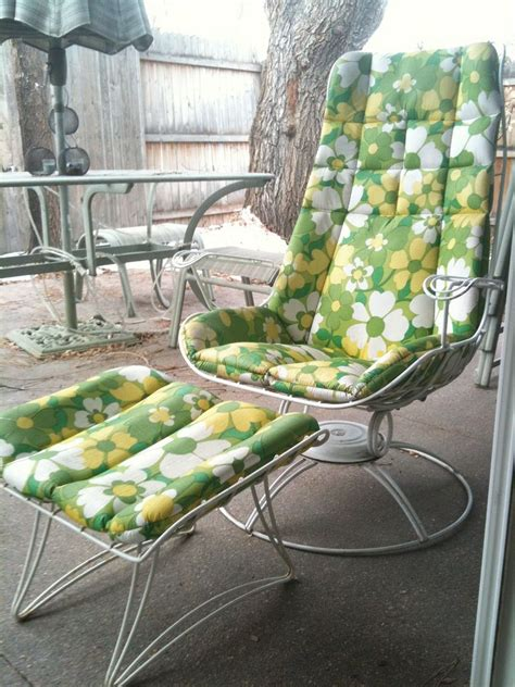 outdoor patio furniture set furniture    show google search vintage patio
