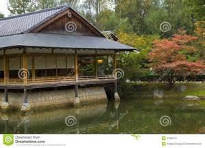 maison de th 233 dans le jardin japonais photos stock image