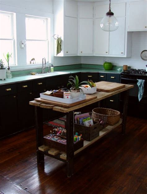 r d kitchen fashion island kitchen of the week a diy kitchen overhaul for 500 islands favorite paint colors and