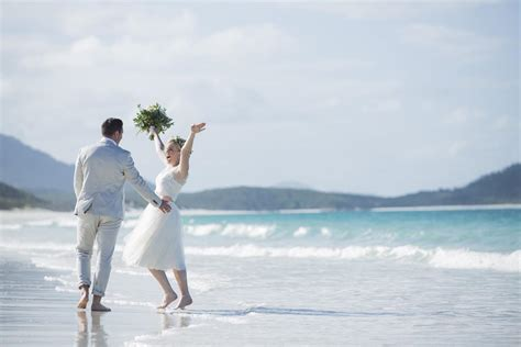 weddings at peppers airlie beach the whitsundays planning a wedding in the whitsundays browse the best