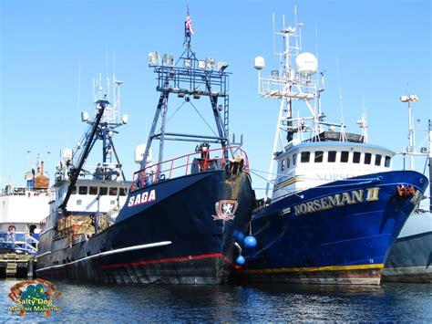 saga fishing boat captain deadliest catch discovery northwestern saga wizard