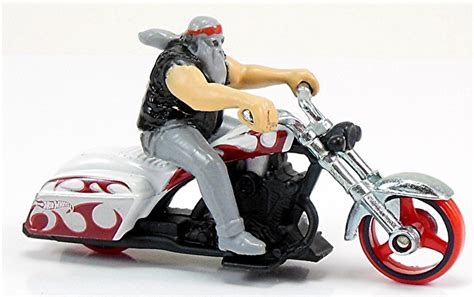 Hotwheels Bad Bagger 2013 motor cycles with riders hwcollectorsnews