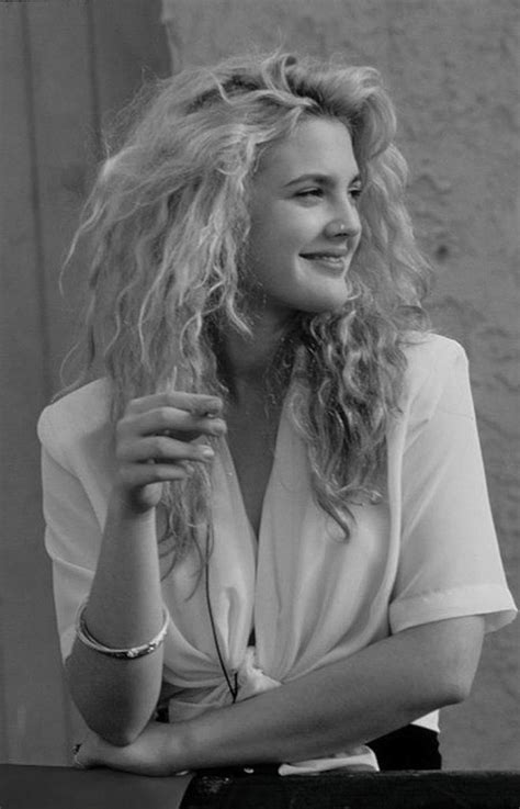 Drew Barrymore Looking Gorgeous In Vintage Costume by Best 10 Drew Barrymore 90s Ideas On S