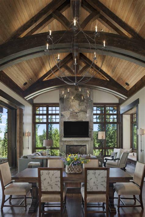 colores para cocina comedor #1: 6-ideas-sobre-como-decorar-un-salon-comedor-abuhardillado-grande-candeabro-vintage-decoracion-en-estilo-rustico-muebles-en-estilo-clasico.jpg