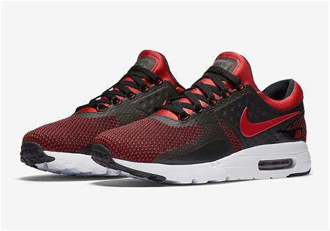 Nike Airmax Zero 1 nike air max zero bred 876070 600 sneakernews