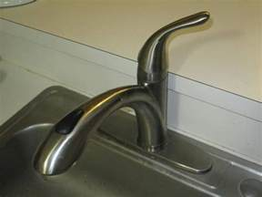 plumbing how to keep my sink from coming loose home