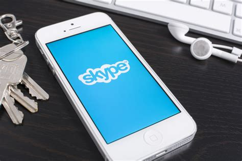 skype for mobile devices skype s free calling is coming to mobile