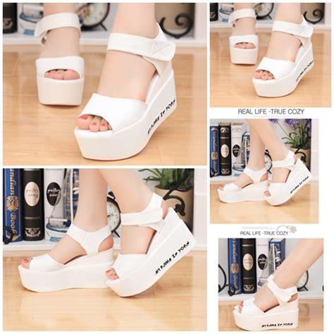 Sepatu Sport Cantik Rd 8 jual shw621 white sepatu wedges cantik import 8cm