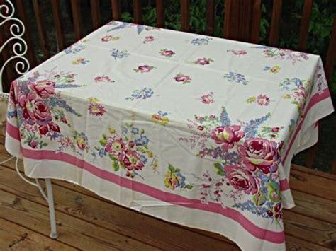 vintage table linens vintage linens want this on my table vintage linens