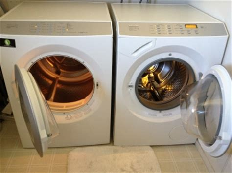 what size washer will wash a king comforter how to wash a down comforter at home yourgreendrycleaner com