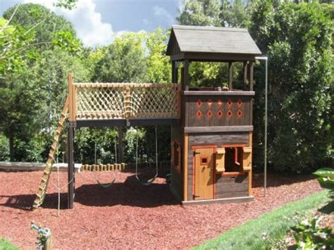 Simple Backyard Fort Plans by Fort Playhouse Plans There Are Many Different Styles Of