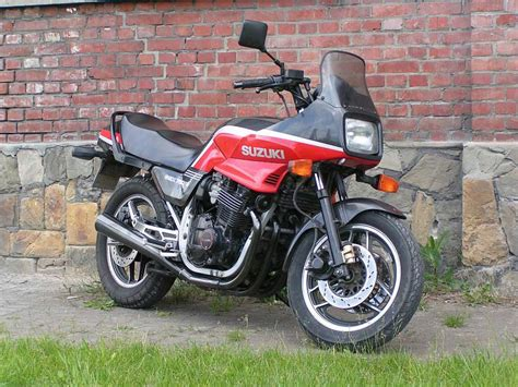 Suzuki Gsx 750 Es Review Suzuki Suzuki Gsx 750 Es Moto Zombdrive