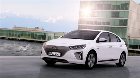 best deals on hyundai hyundai ioniq review and buying guide best deals and
