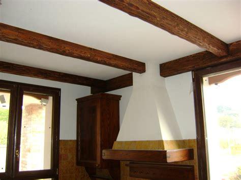 rivestimenti per soffitti rivestimento soffitto legno immobili rivestimento