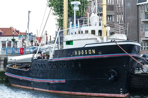 sleepboot hudson maassluis museumschip hudson sleepboothaven maassluis