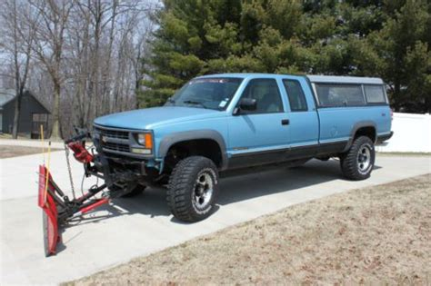newer chevy trucks find used 1994 2500 chevy ext cab truck rust free newer