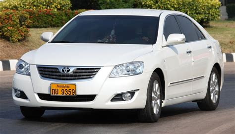 toyota thailand english file toyota camry from laos in nong khai thailand jpg
