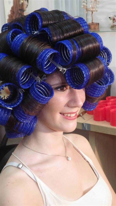 how to put rollersin extra short hair rollers curls and one day on pinterest