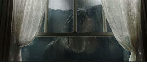 fear doesnt run  swims   trailer  crawl