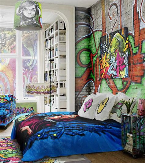 Graffiti Wallpaper Bedroom | graffiti bedroom decoration on the wall