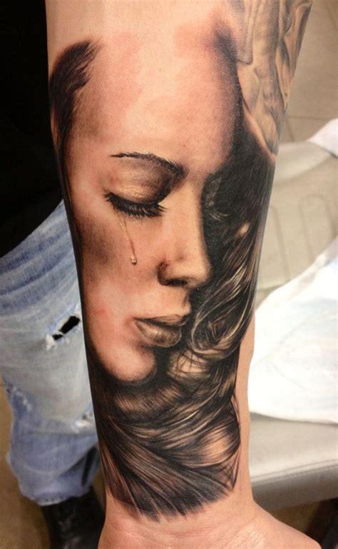 crying tattoo portait enngraved tattoos