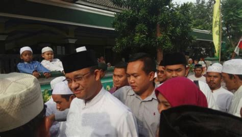 ahok nazarudin anies to rev religious activities banned by ahok