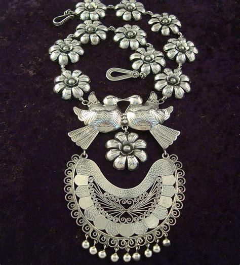 norilks necklace rolemodel style model frida kahlo inspired jewelry