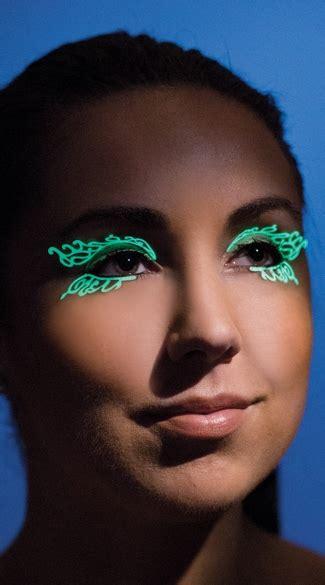 glow false eyelashes glow in the swirl eyelashes glow in the
