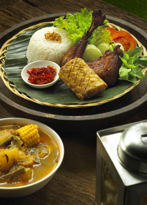 Paket Lang Aneka Rasa Bonting Dzakwani Food menu kafe betawi cita rasa khas betawi