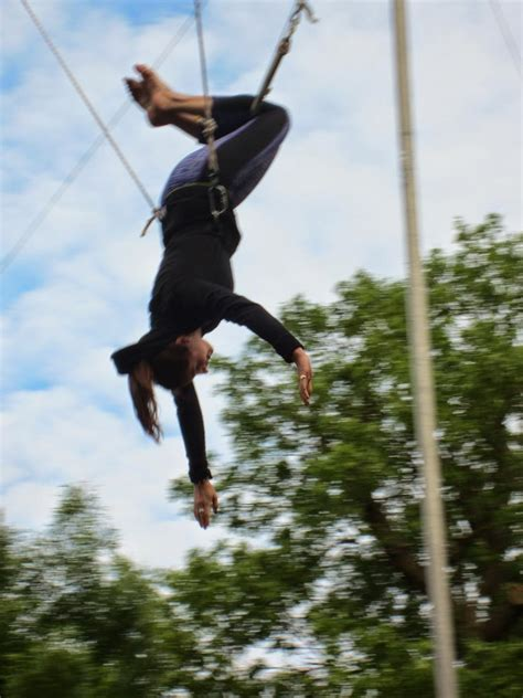 swing it trapeze flying trapeze lesson the runner beans