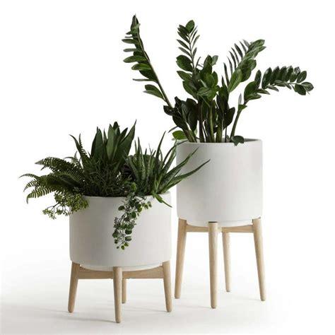 Pot Design Pour Plante Interieur by Cache Pot Sur Pied Et Support Pour Plante 19 Id 233 Es D 233 Co