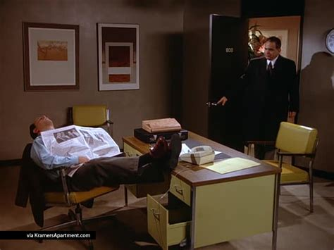 George Costanza Desk by All 14 Of George Costanza S On Seinfeld